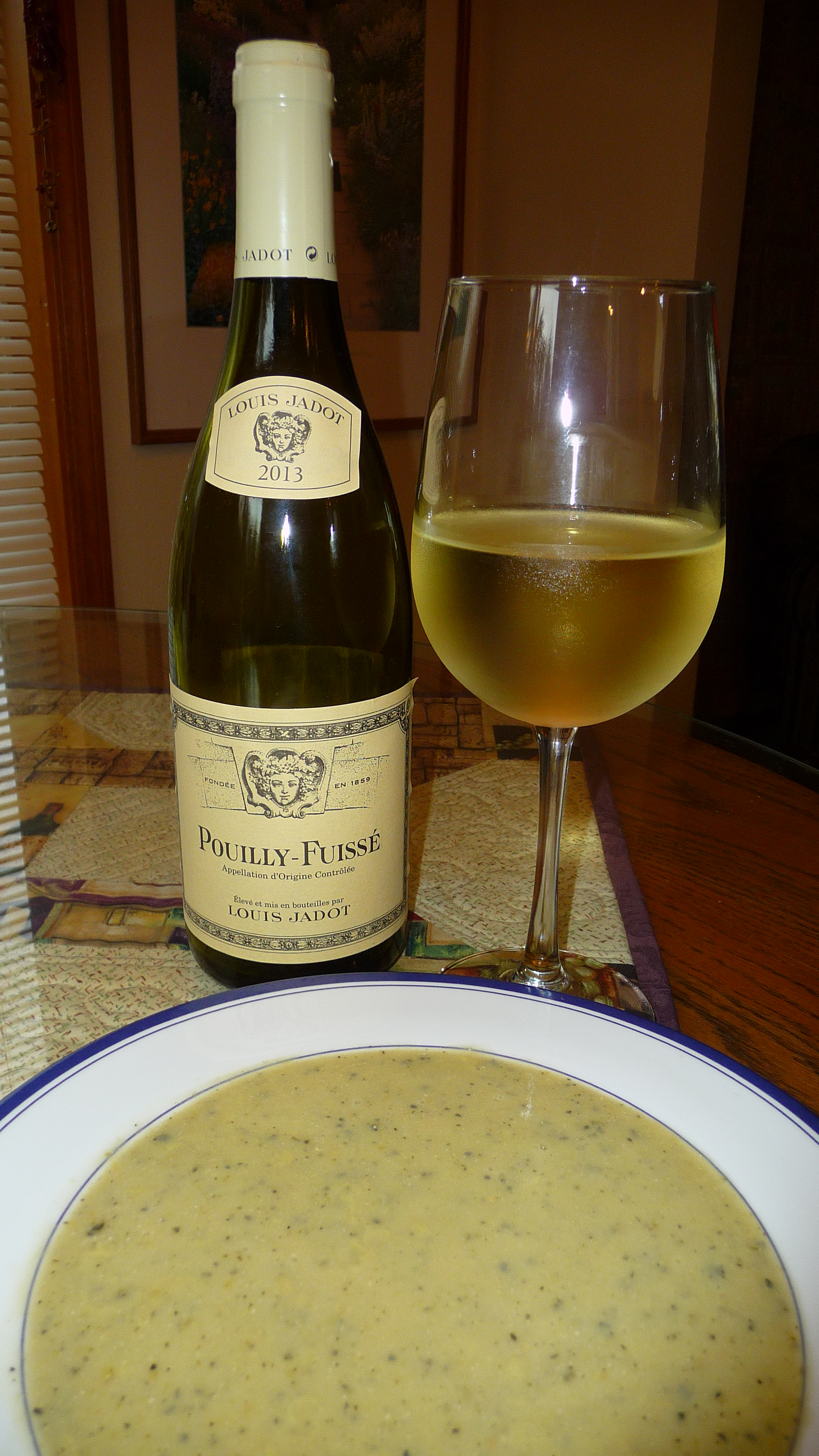 This 2013 Louis Jadot Pouilly-Fuissé paired nicely with the rich mouth feel and pepper seasoning of cream of zucchini soup.