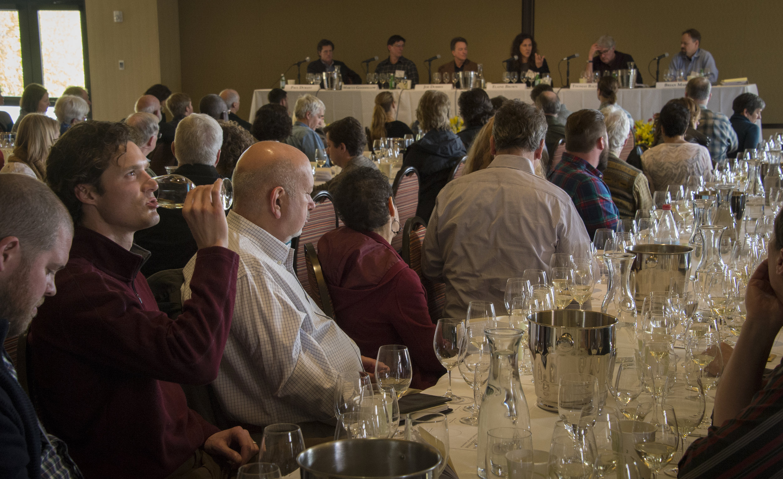 At the 5th Annual Oregon Chardonnay Celebration, winemakers and serious consumers were led in a tasting of five different chardonnay styles by a panel of Willamette Valley vineyard owners and winemakers. ©Andrea Johnson Photography