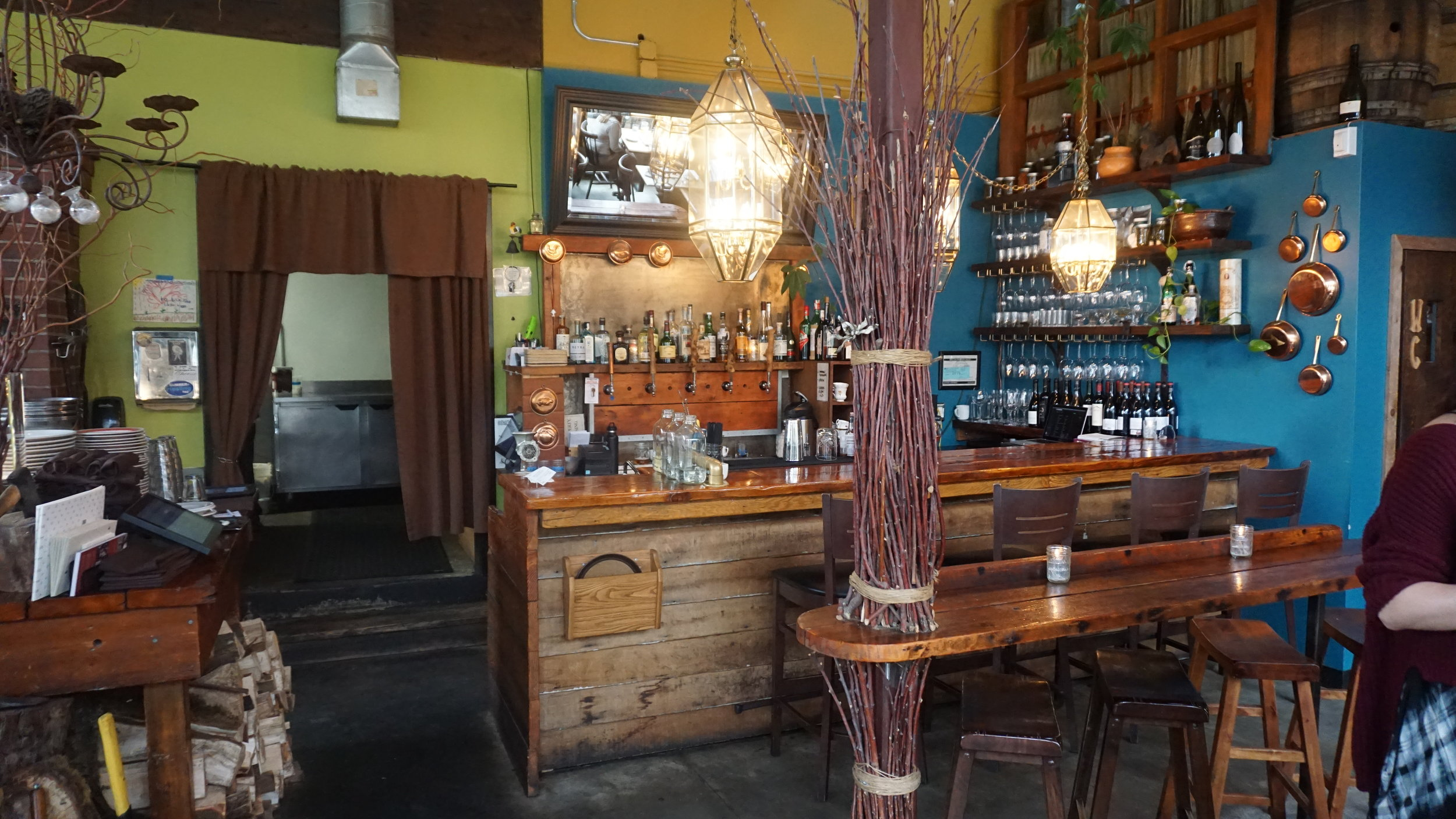 Participating in Portland Dining Month throughout March, Ned Ludd is also one of 18 Portland restaurants to win the 2016 Oregon Wine A-List award. Dan Eierdam