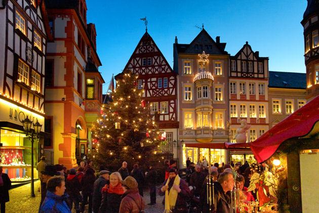 weihnachtsmarkt-in-bernkastel-kues-1396708031.jpg