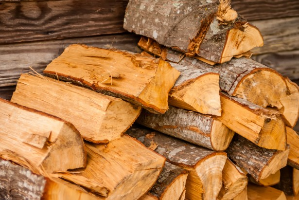 firewood_hooversmaplesyrup_atwood_ontario.jpg