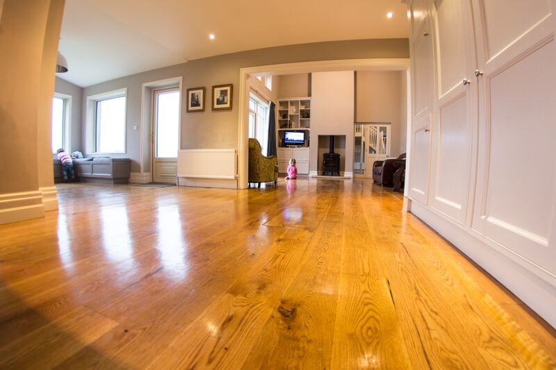 American Oak Flooring 1 (2).jpg