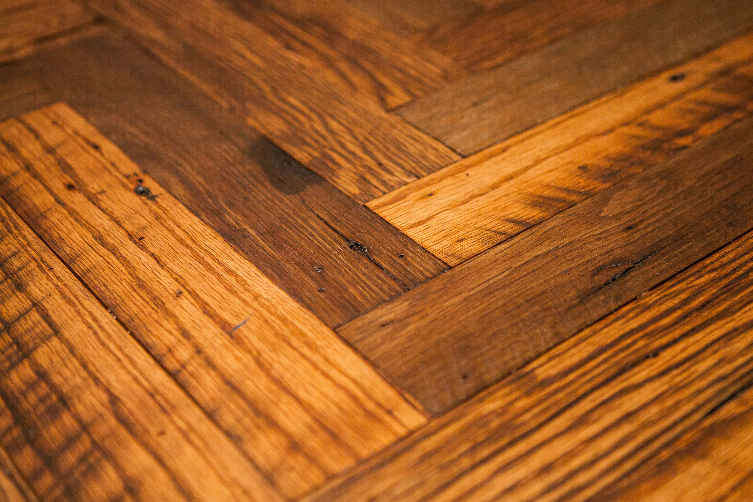Salvaged Amish Barn Oak Herringbone.jpg