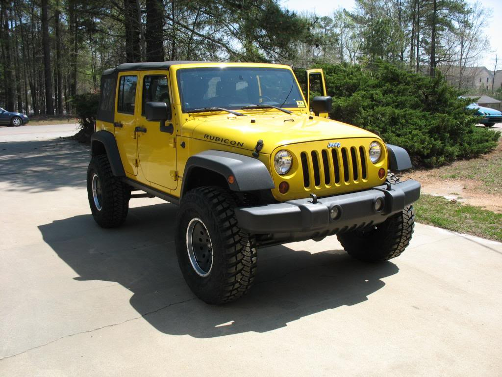 yellow-jeep-rubicon