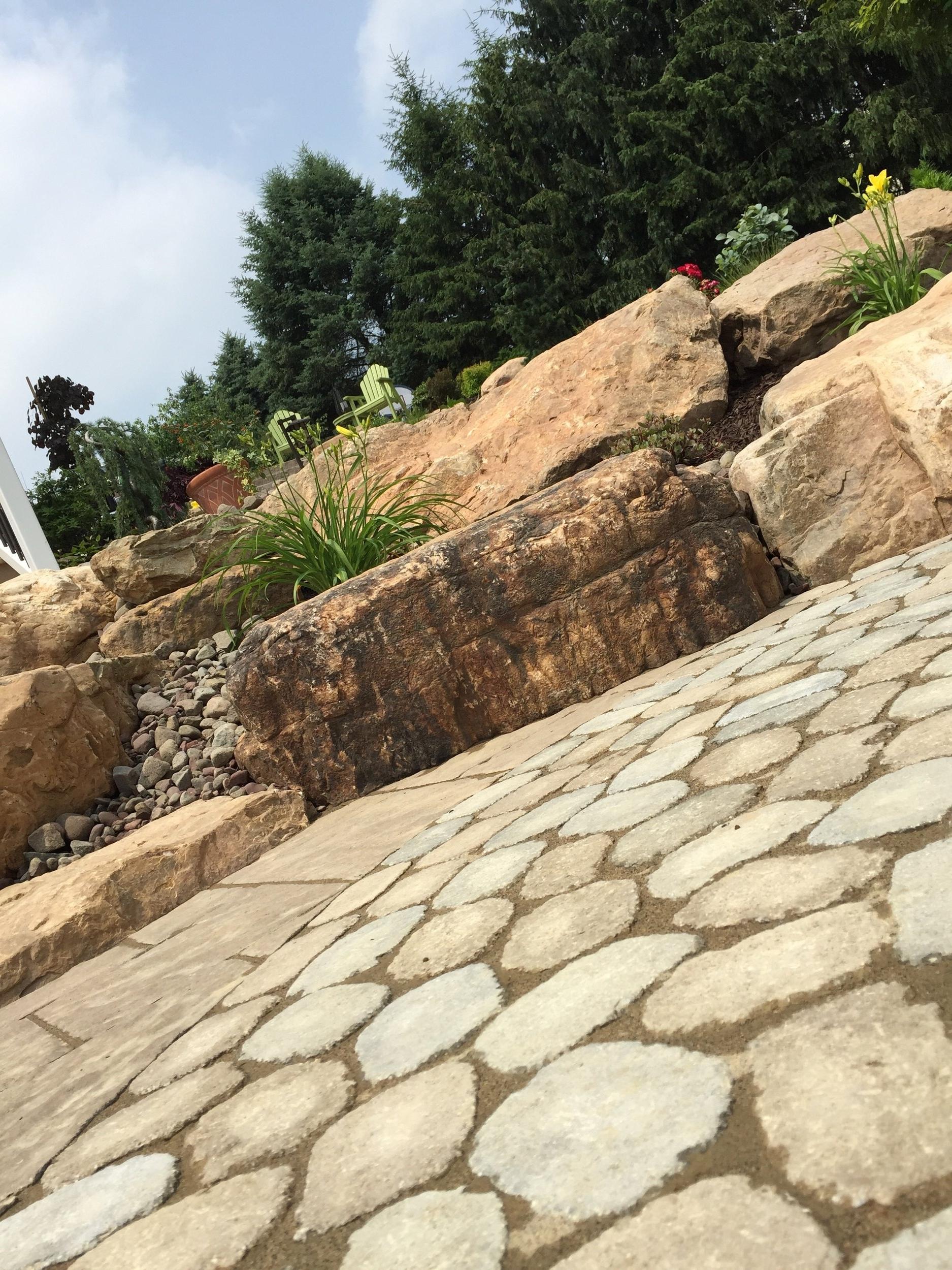 Professional landscape design with flagstone in Lebanon, PA
