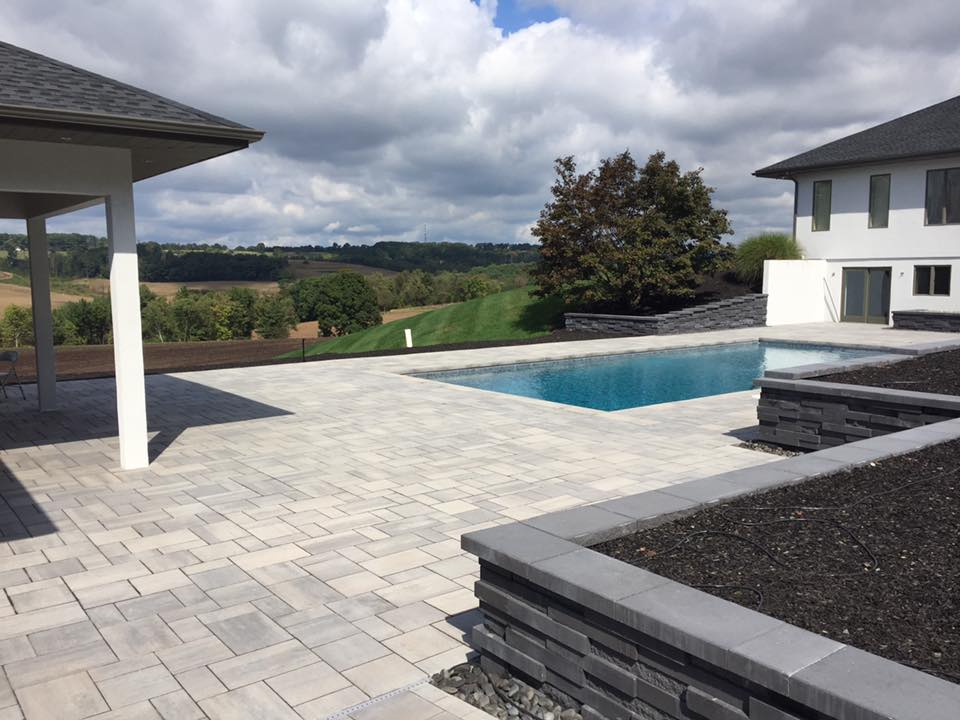 Landscape contractor with top landscaping pavers in Schuylkill County and Allentown, Berks Coutny, PA