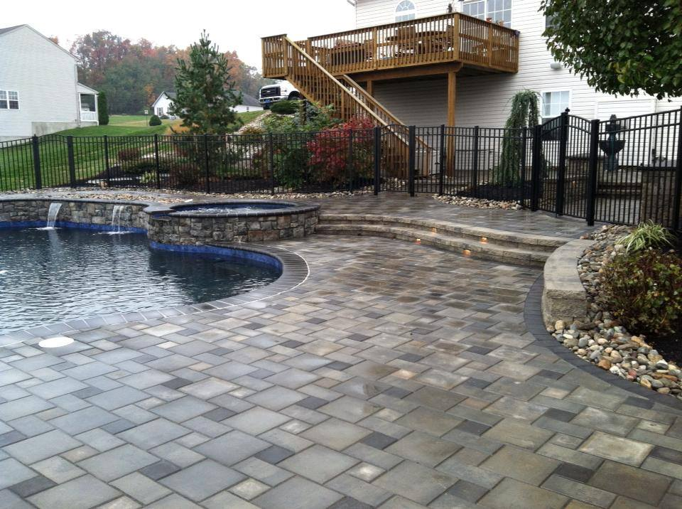 Landscape maintenance of pavers in Allentown, Lebanon, Exeter, PA