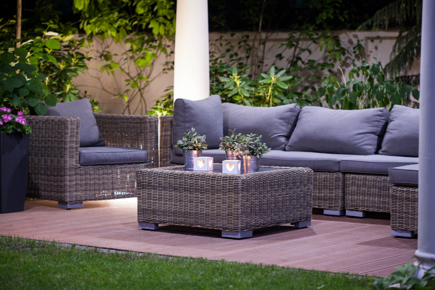 Outdoor Lighting 101: How to Showcase Your Reading PA Landscape