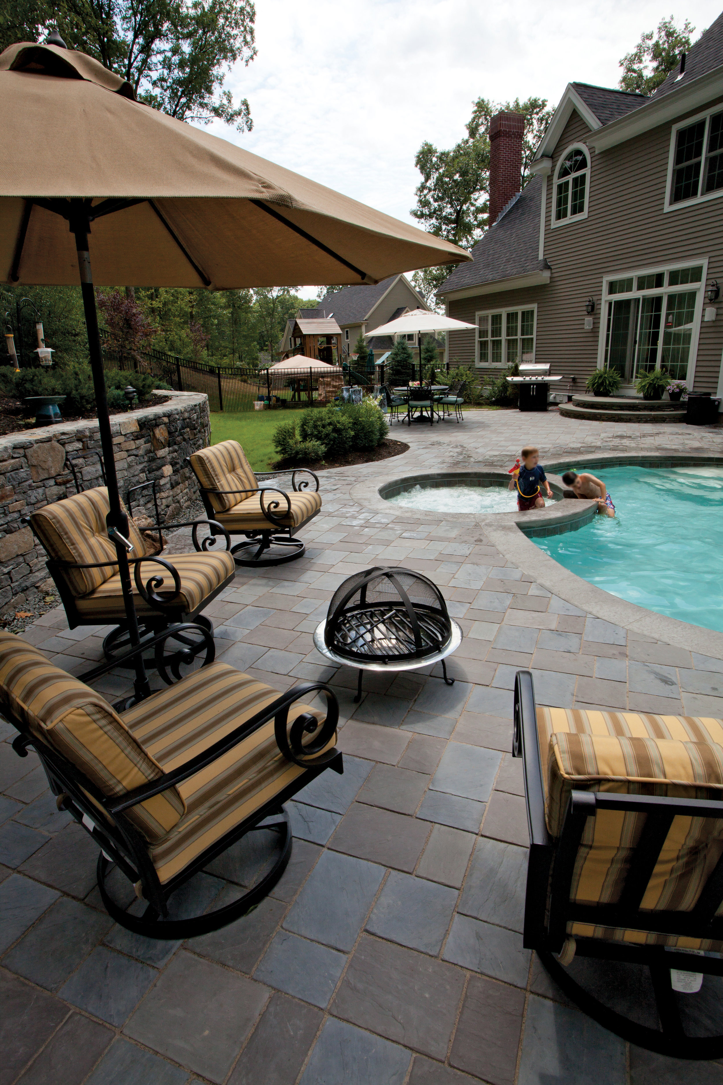 Ideal Non-Slip and Water Resistant Pavers for Your Schuylkill County, PA, Pool Patio