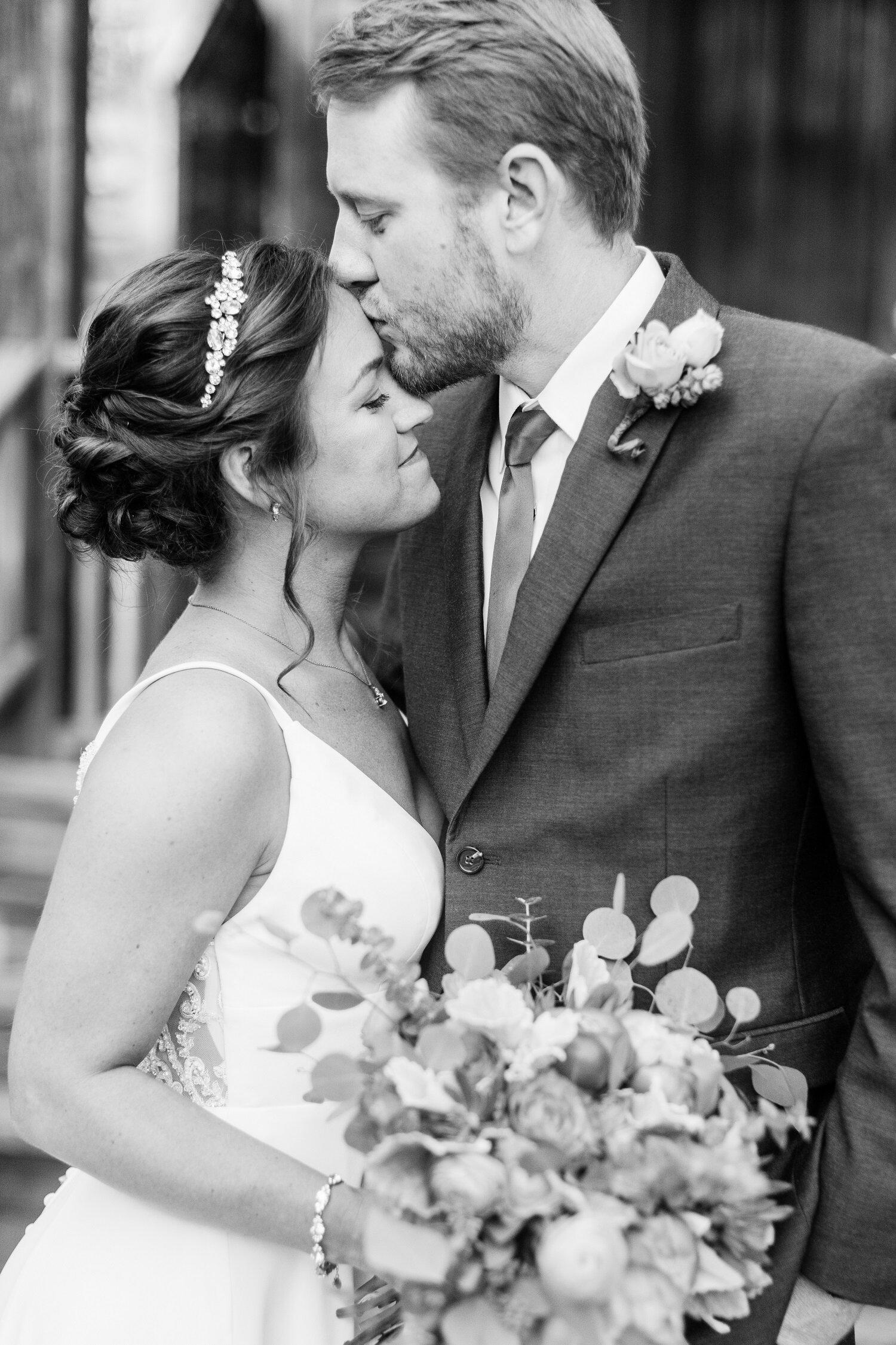 Gamberi Wedding - Shea's Favorites_-52.jpg