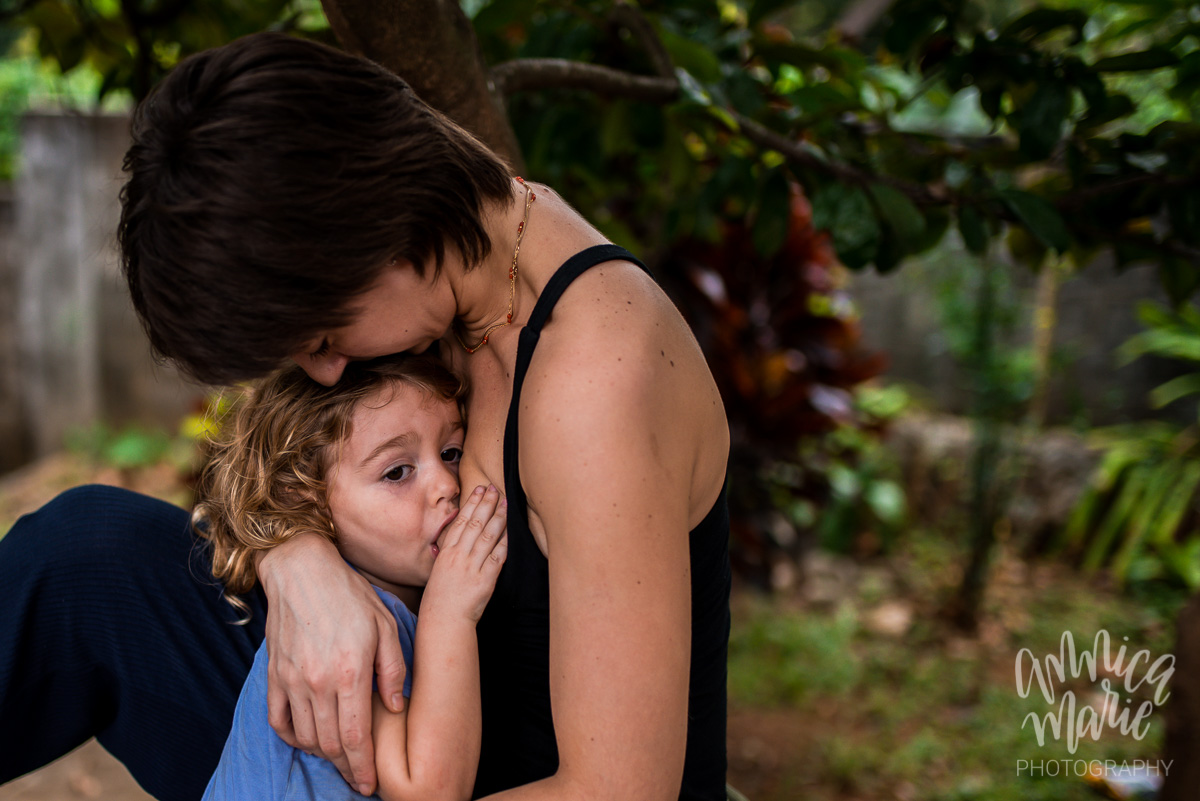 breastfeeding portrait photography
