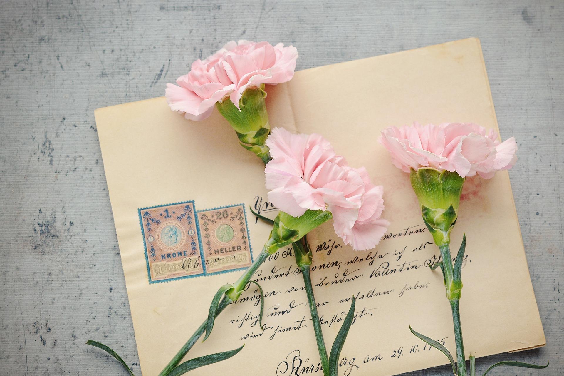 letters-1390463_1920.jpg