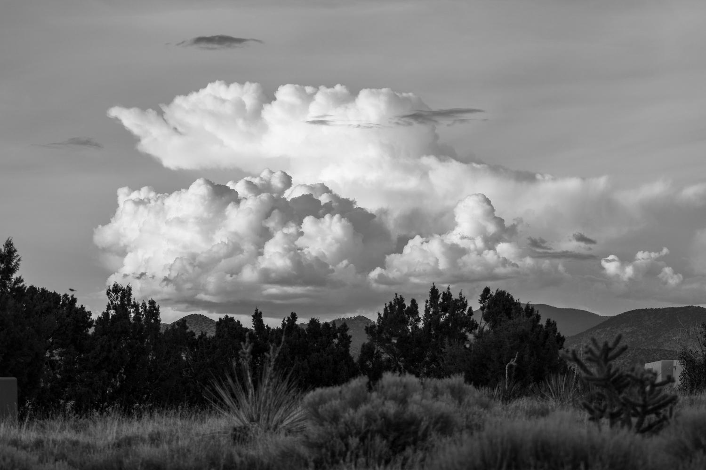 Thunderhead over Sangre de Cristo Mountains   (Nikon D500, Nikkor 70-300 mm f/4.5-5.6, 1/800 sec at f/4.5, 70 mm, ISO 100)