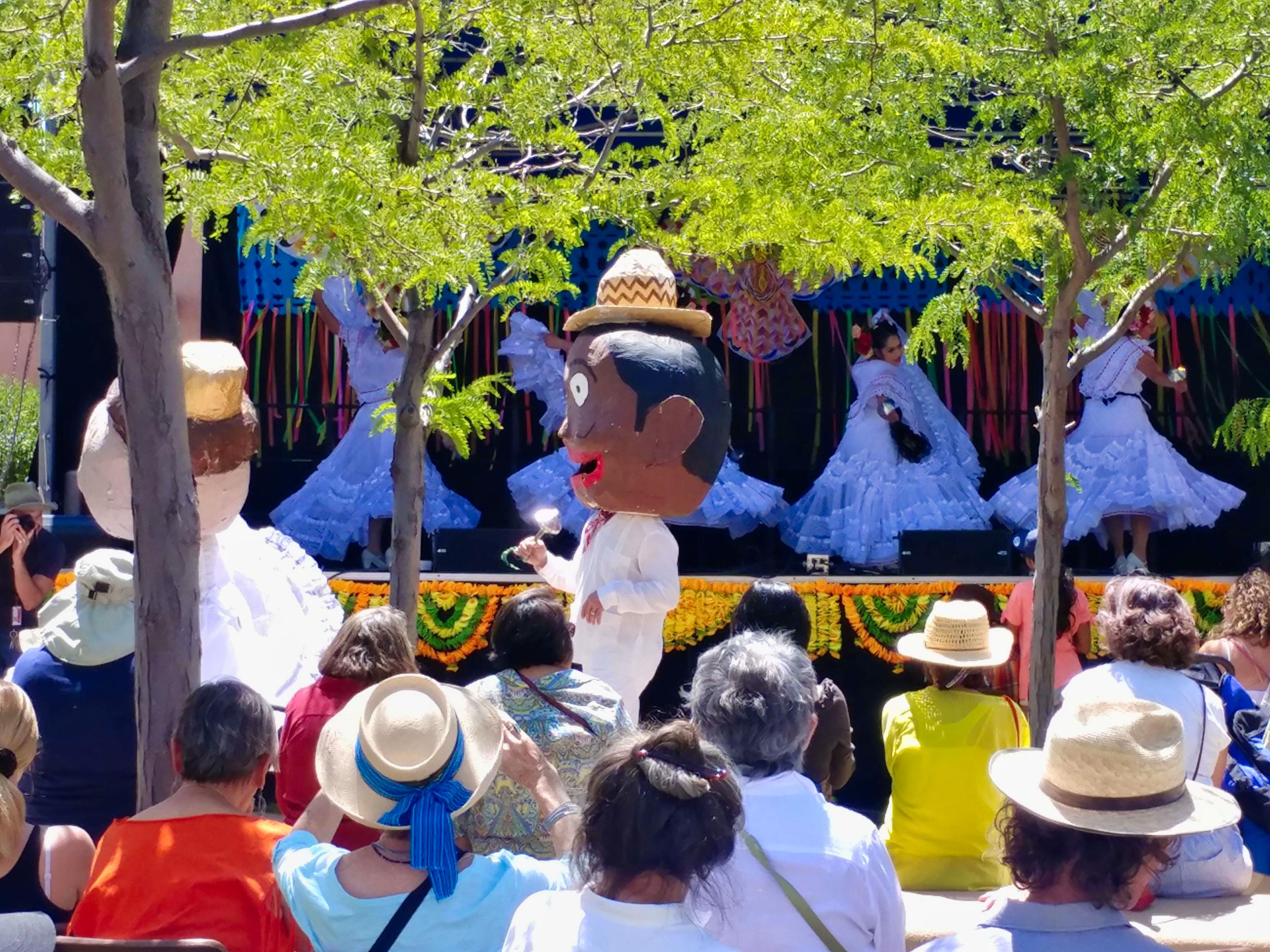 Los Niños de Santa Fe (Mexican Folkloric Dances)