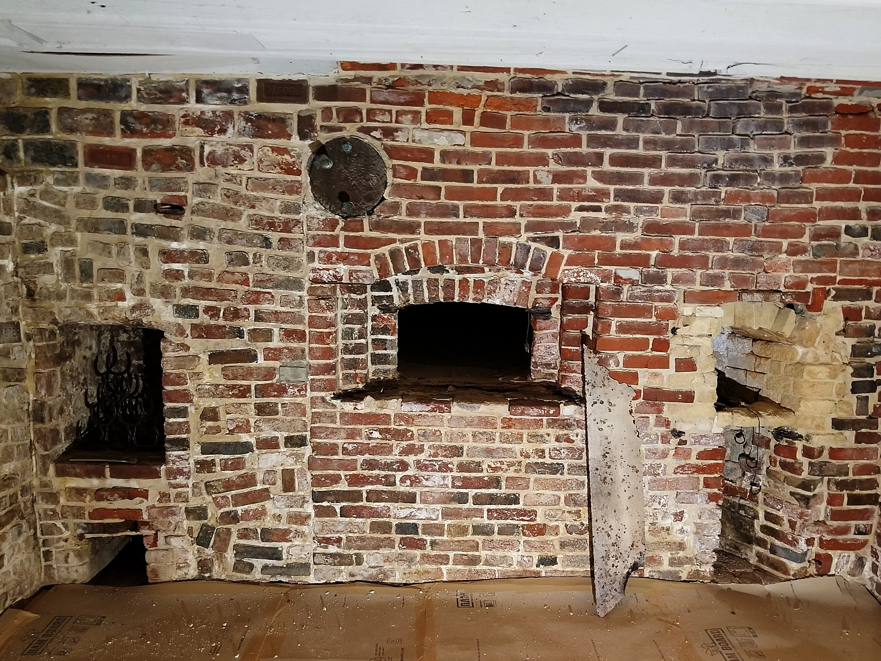 A masonry oven in on Philly's Elfreth's Alley, dating back to the 1700's.