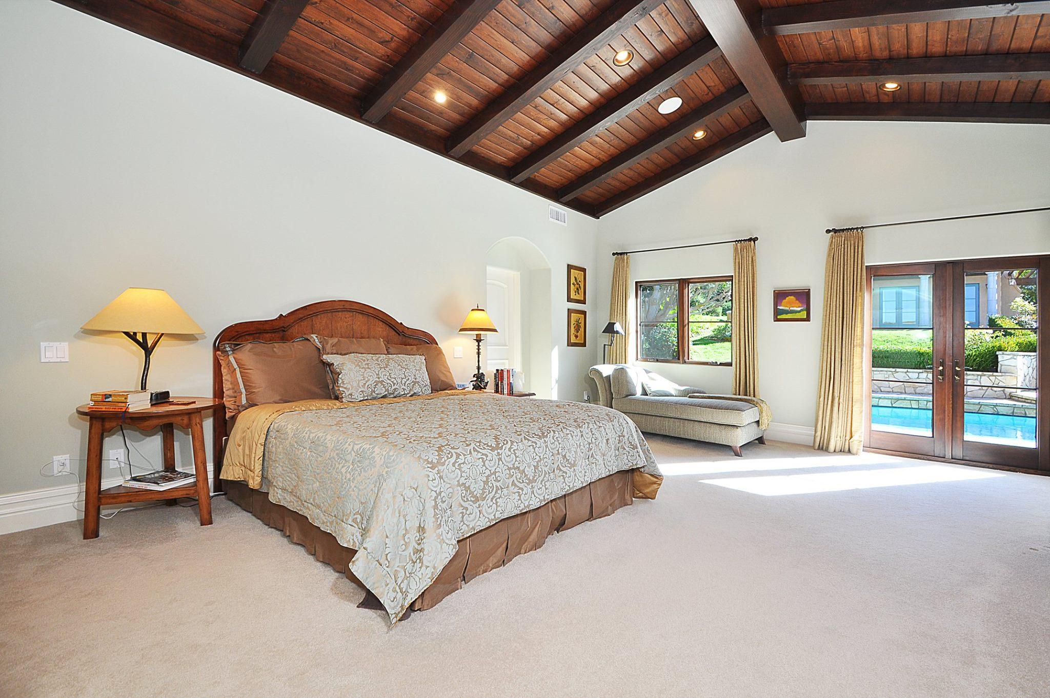 ViaArco_Bedroom.jpg