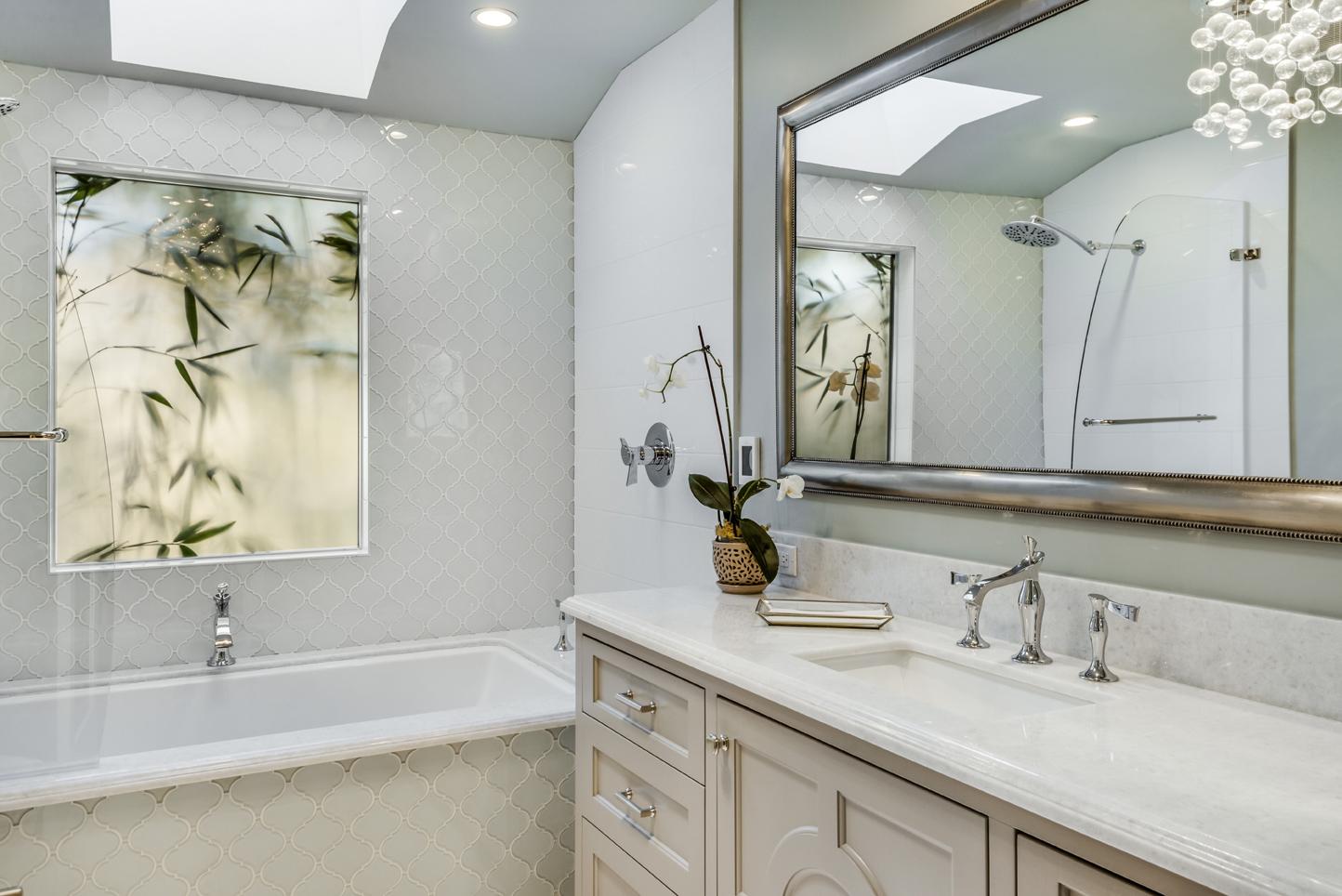 Dorardo_Bathroom.jpg