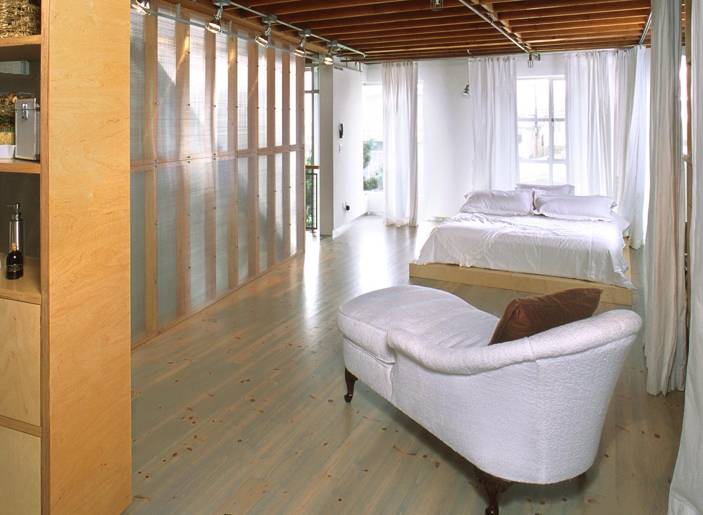 21stSt_Bedroom.jpg