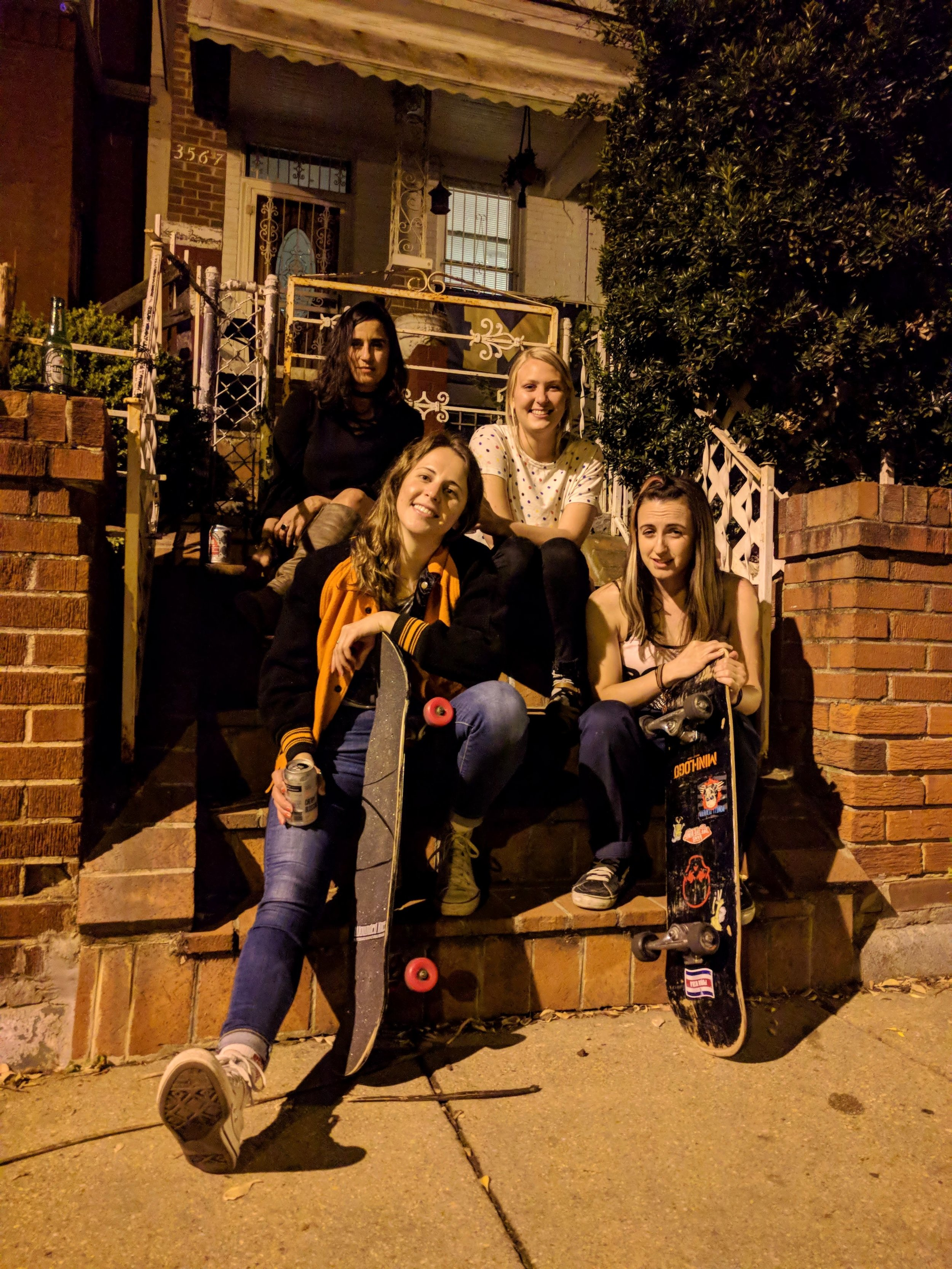 Stoop chillers
