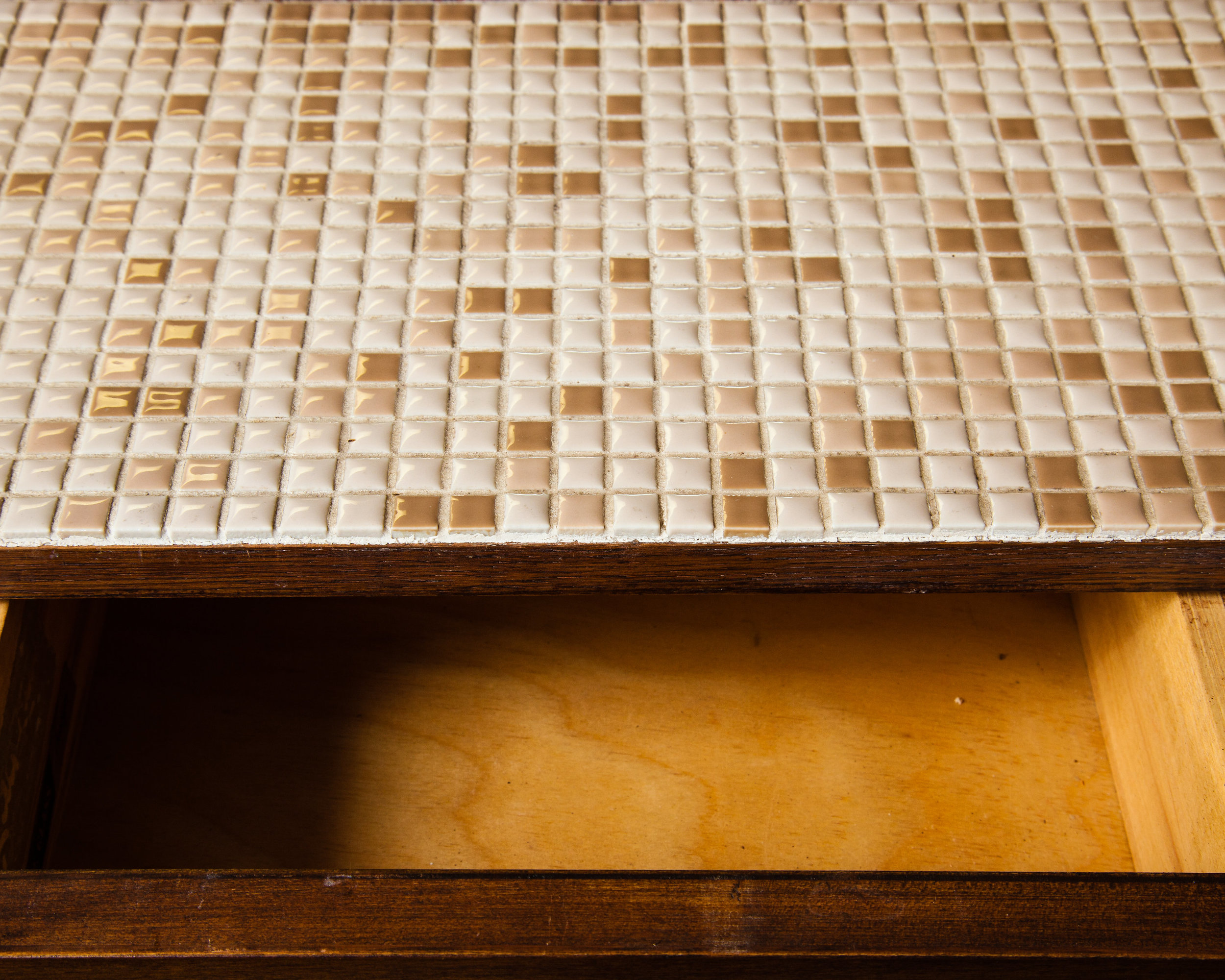 Who said tile needs to be on walls and floors? Try having a tile-topped bar in the great room.