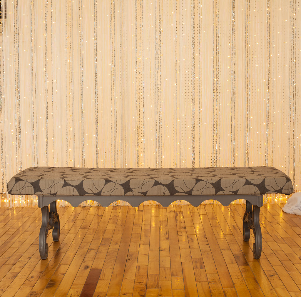 Love this Lane bench? You should see the rest of this set. Calm, cool and collected for the man of the house.