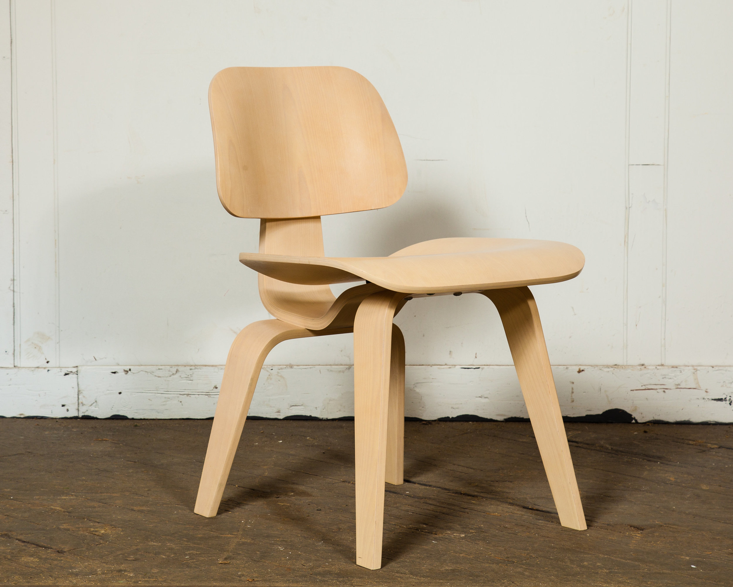 A set of two 1960's Herman Miller chairs are a beautiful, simplistic addition to your work or home office.