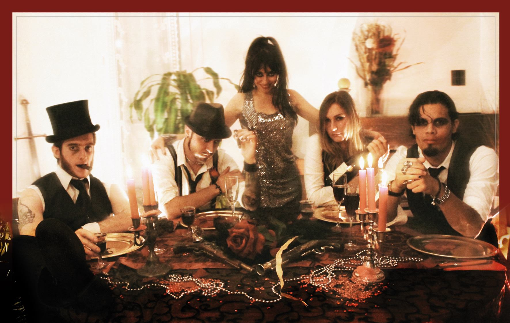 Bad Tripes - Depuis 2007, Bad Tripes distille son rock vénéneux, sinistre et joyeux à grands coups de guitares, de hurlements rigolards et d'instruments vieillots et vicelards.En 2009, la petite troupe sort son premier album, le bien nommé Phase Terminale, dans un joyeux fracas un tiers metal, un tiers électro festive, un tiers guinguette bordélique. Pendant quelques années, le groupe sème la joie (et la consternation des âmes chastes) sur les scènes sudistes, avec quelques petits passages à Paris et une poignée de dates mémorables en Europe de l'Est aux côtés de Six Feet Under et d'Illdisposed, à l'occasion d'une tournée européenne décadente et enivrée. En 2013, Bad Tripes sort, toujours en autoproduction, son deuxième opus Splendeurs et Viscères, moins foutraque mais toujours aussi enragé,et un brin plus maîtrisé.Après quatre années d'absence, faites de doute, de turpitudes et de grand n'importe quoi éthylique, Bad Tripes revient avec son troisième album Les Contes de la Tripe, composé de douze petites fables tragicomiques et salaces, gore, badass et cradasses.https://www.facebook.com/pg/BadTripesOfficiel/https://badtripes.bandcamp.com/album/les-contes-de-la-tripe