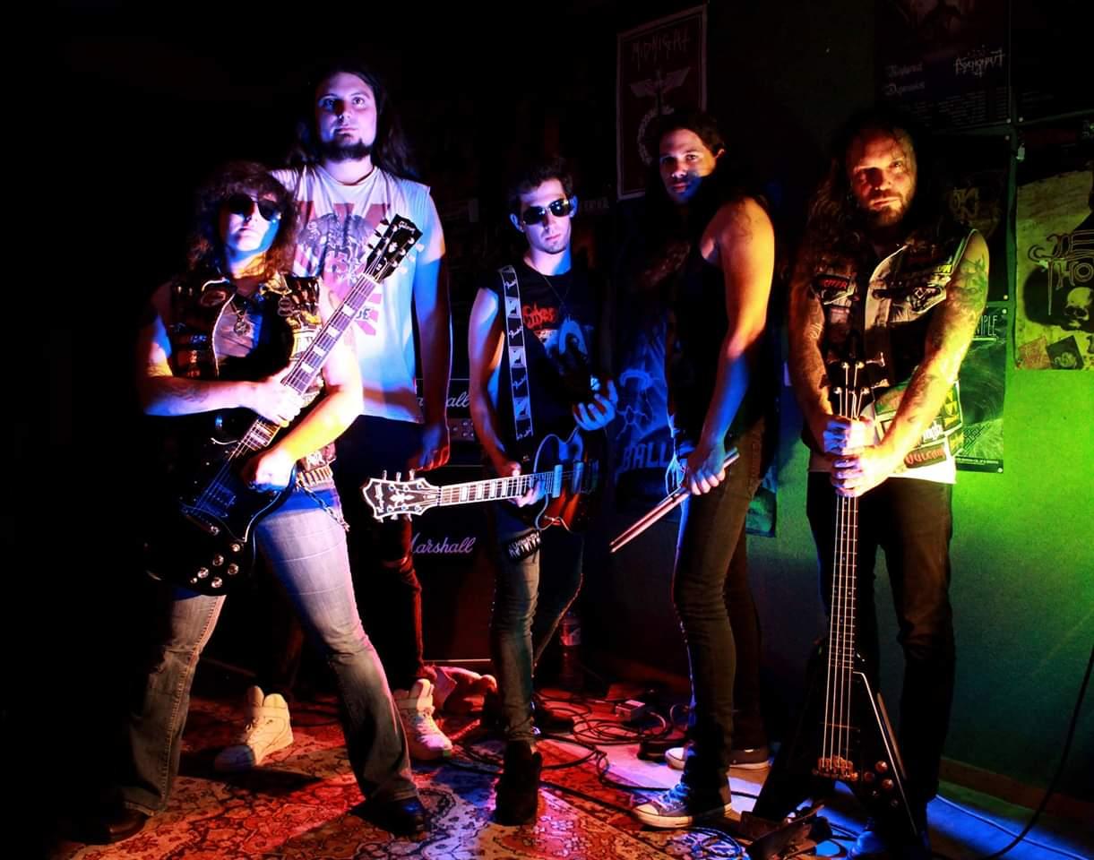 ELECTIC SHOCK - a été créé fin 2011 afin de rendre hommage au Hard Rock traditionnel…et très influencé dans un premier temps par AC/DC et Rose Tatoo.Le groupe a tourné intensément…c'est sa raison de vivre !...en rodant ses propres compositions et en usant aussi un certain nombre de musicien, selon la grande tradition du rock'n'roll !Le groupe se stabilise à partir de 2015 et sa réputation en live lui permet d'assurer des premières parties de référence (celle de Vulcain, notamment) tout en participant à ses premiers festivals, comme le Rising Fest à Dijon et le No Compromise Metal Fest en Belgique.ELECTRIC SHOCK sort en mai 2016 son premier mini album, composé de 6 titres à l'énergie contagieuse et qui va apporter au groupe de nouvelles perspectives en matière de concerts, en France comme à l'étranger.Mais le groupe ne se repose jamais sur ses lauriers et trouve le temps courant 2017 d'enregistrer un 45 T/EP présentant un titre très représentatif de son orientation musicale, « Wild Bastards »…et en fait même un clip vidéo !Et aujourd'hui, ELECTRICK SHOCK est en train de finaliser son 1er album qui verra le jour début 2019 !Little Angus : guitars + backing vocalsAntoine Volhard : VocalsDave Thunderfukk : BassBuk Dhrama : guitarsSavage Twister : DrumsVidéo Clip « Wild Bastards » : https://www.youtube.com/watch?v=Qh0DKcciQCUPage Facebook officielle : https://www.facebook.com/electricshockhardrock/Boutique officielle : https://electricshockhardrock.bigcartel.com/
