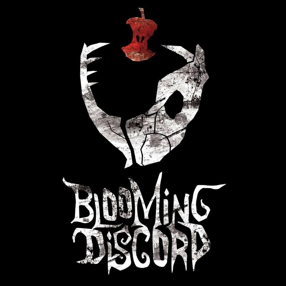 BLOOMING DISCORD - Regarde plutôt que de lireFACEBOOKVIDEOBlooming Discord est un groupe de heavy metal aux influences hard rock et metalcore créé en mai 2014 dans la région de Marseille. Puisant ses inspirations dans des groupes tels que Iron Maiden, Metallica, Avenged Sevenfold, Trivium et System Of A Down, Blooming Discord cherche à allier puissance et harmonies afin de créer un univers aux teintes burtoniennes.Le groupe cherche à jouer sur des codes légèrement différents de l'esthétique metal conventionnelle, combinant les tendances actuelles avec un son plus ancien, parfois théâtral, parfois orchestral, toujours avec un chant accrocheur.Avec plus de 20 dates à son actif depuis son premier concert fin 2015 - dont la première partie de la référence prog néerlandaise Textures, ainsi qu'une tournée française au printemps 2018 - Blooming Discord projette une vingtaine de dates pour 2019.Le premier EP du groupe,