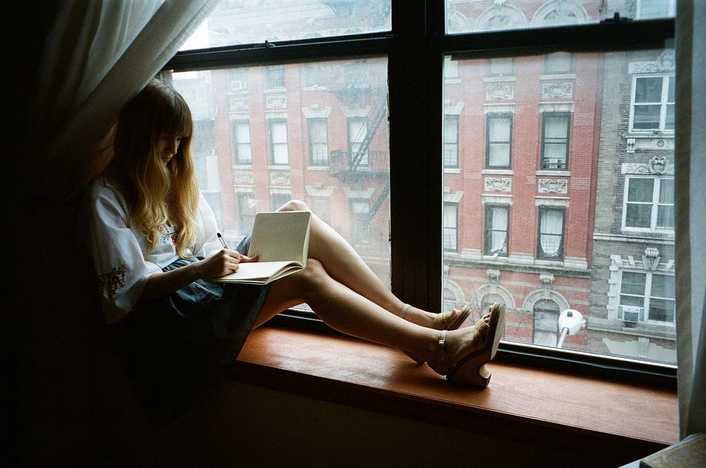 diary-girl-home-house-notebook-Favim.com-216509.jpg