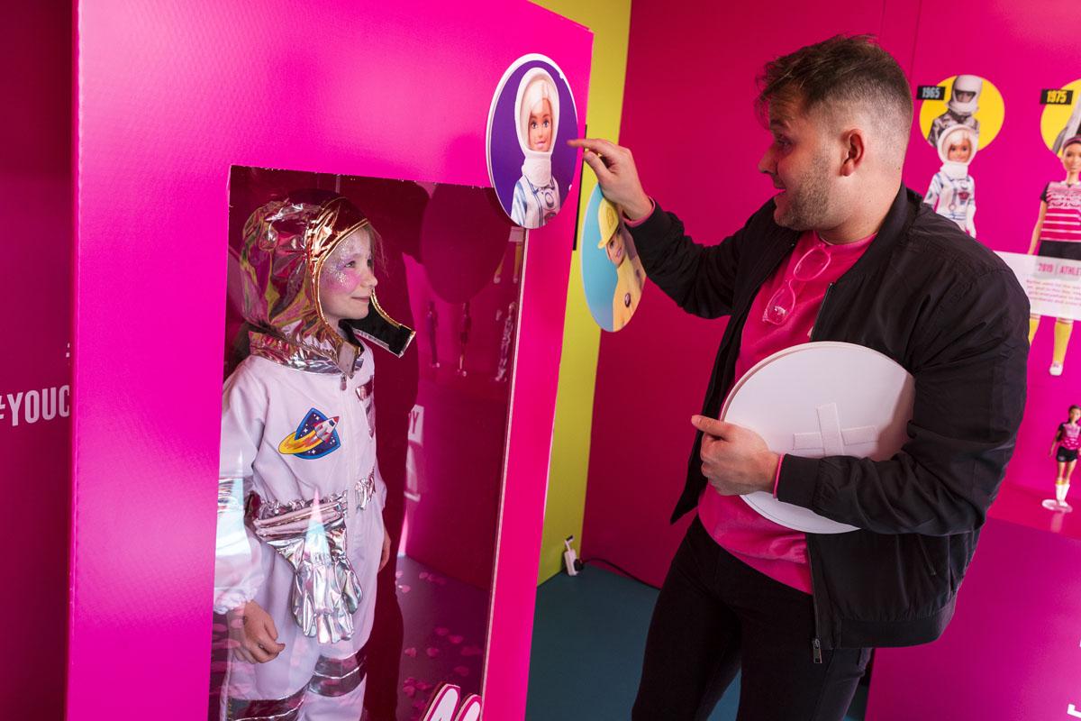 0166_Barbie-60yrs-0565-HighRes.jpg
