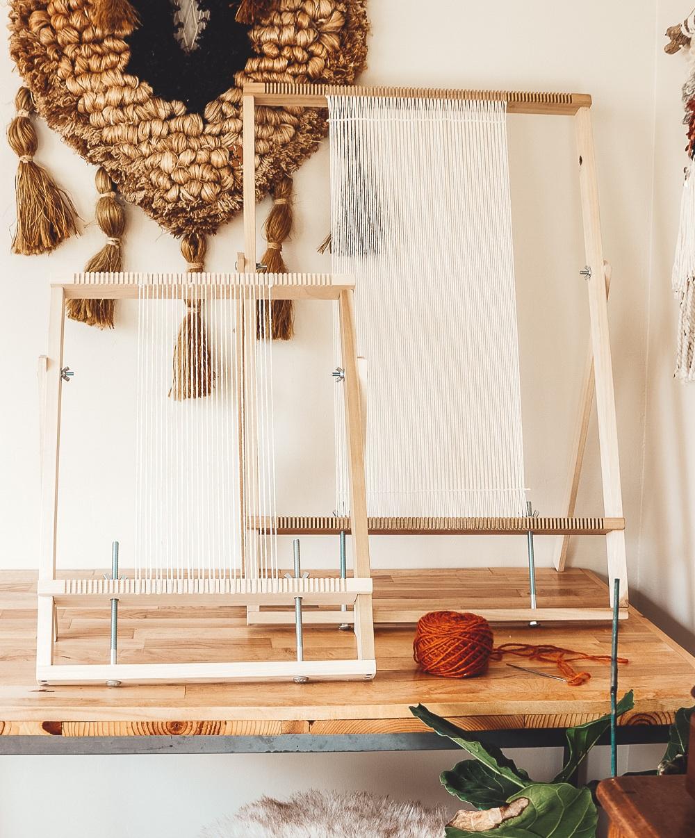 adjustable weaving loom