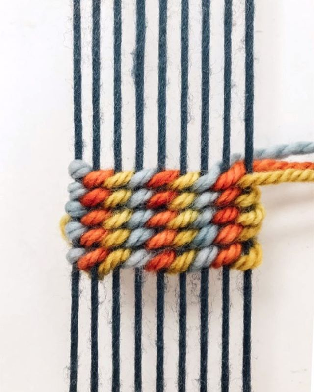 DIY FRIDAY // TriColor Twining ⠀ I've been saving this technique because it's my new favorite and seemed like the perfect way to end September's twining month! You can learn more about weaving by joining my online video classes on my website or DM me for help getting started!⠀ Save this post and follow #hhdiyfriday for more tutorials 😘 ⠀ 1. Tie three wefts together and slide the onto the first warp string so that one color is on the surface and two are behind. 2. For twining, hold all the colors in front of the surface. Pull the color that you want to appear ON TOP of the next warp string down, out of the way, and slide the rest of the colors BEHIND the next warp string. Just remember this sequence and repeat it, working through the colors. 3. Turn around by twisting the colors together and guiding the colors that you don't want to be on the surface of the first warp behind the first warp. 4. Now begin twining in a downwards motion. Instead of pulling the wefts above each other, pull them underneath. Move the color that you want to appear ON TOP of the next warp string up, out of the way, and slide the rest of the colors BEHIND the next warp string. Continue the pattern, making sure the colors match up with the previous row. 5. Add as many rows as you want, alternating the rows by pulling the wefts above each other vs below each other so that their angles line up. ⠀ Can you guess what the back of this technique looks like? Would you believe me if I said it's just as clean as the front!? Can you believe October starts next week? Are you starting any projects for the last quarter of 2019 soon?  XO⠀ Lindsey⠀ .⠀ .⠀ ⠀ .⠀ .⠀ .⠀ .⠀ .⠀ #fiberartist #loom #design #fiberart #weaverfever #weaving #woven #weave #weaversofinstagram #handwoven #textiles #love #wool #textileart #makersgonnamake #hhdiyfriday #etsy #yarn #weavingloom #makersmovement #art #weaver #handmade #tapestry #fashion #wallhanging #homedecor #textiledesign #wovenwallhanging
