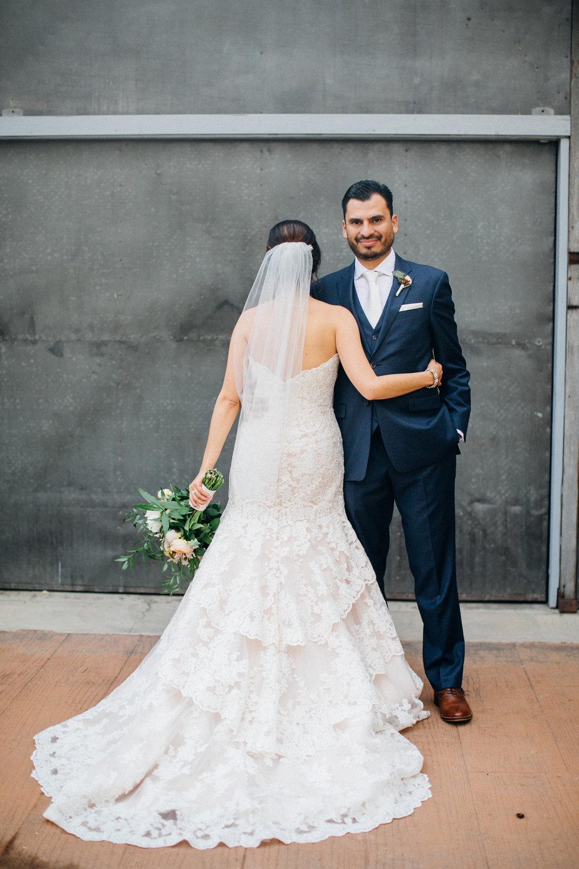 cf1a9-elegant-country-charm-ranch-wedding-stunning-lace-bridal-gown.jpg