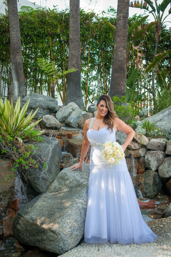 316a3-beautiful-joyful-harborside-wedding-stunning-sassy-bride.jpg