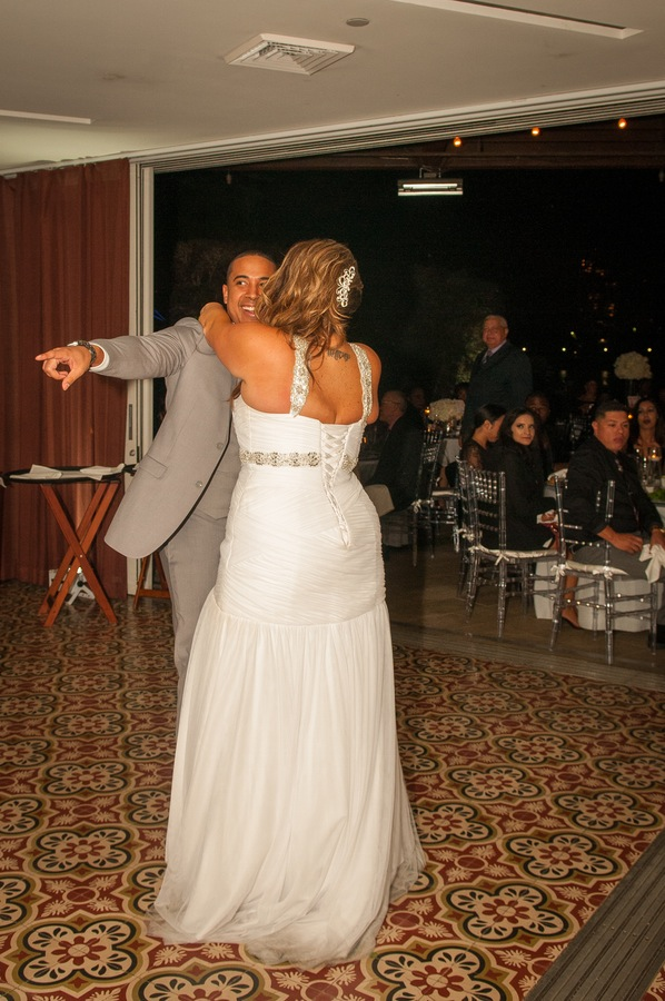 a7be6-beautiful-joyful-harborside-wedding-beautiful-joyful-harborside-wedding-first-dance.jpg