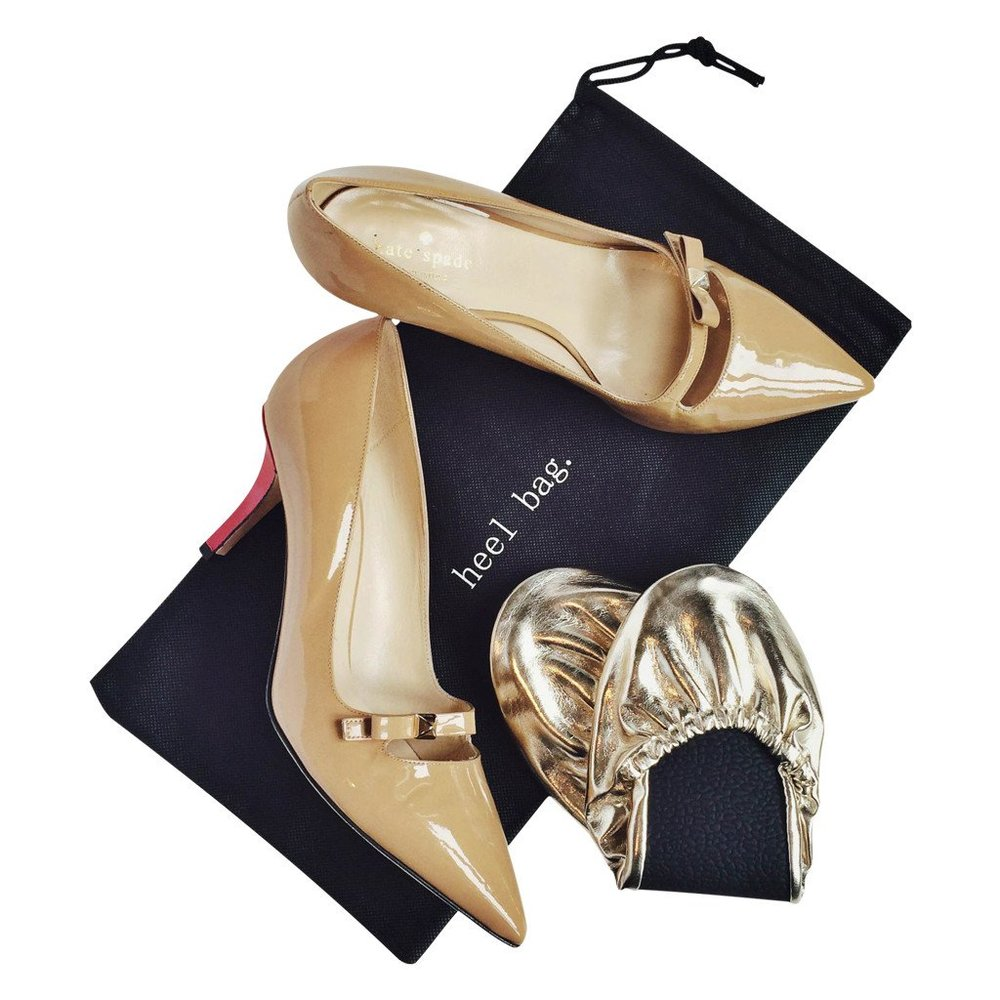 4d3ab-rescue-flats-unique-wedding-favor-put-your-heels-in-the-bag-when-you-are-ready-to-kick-them-off.jpg