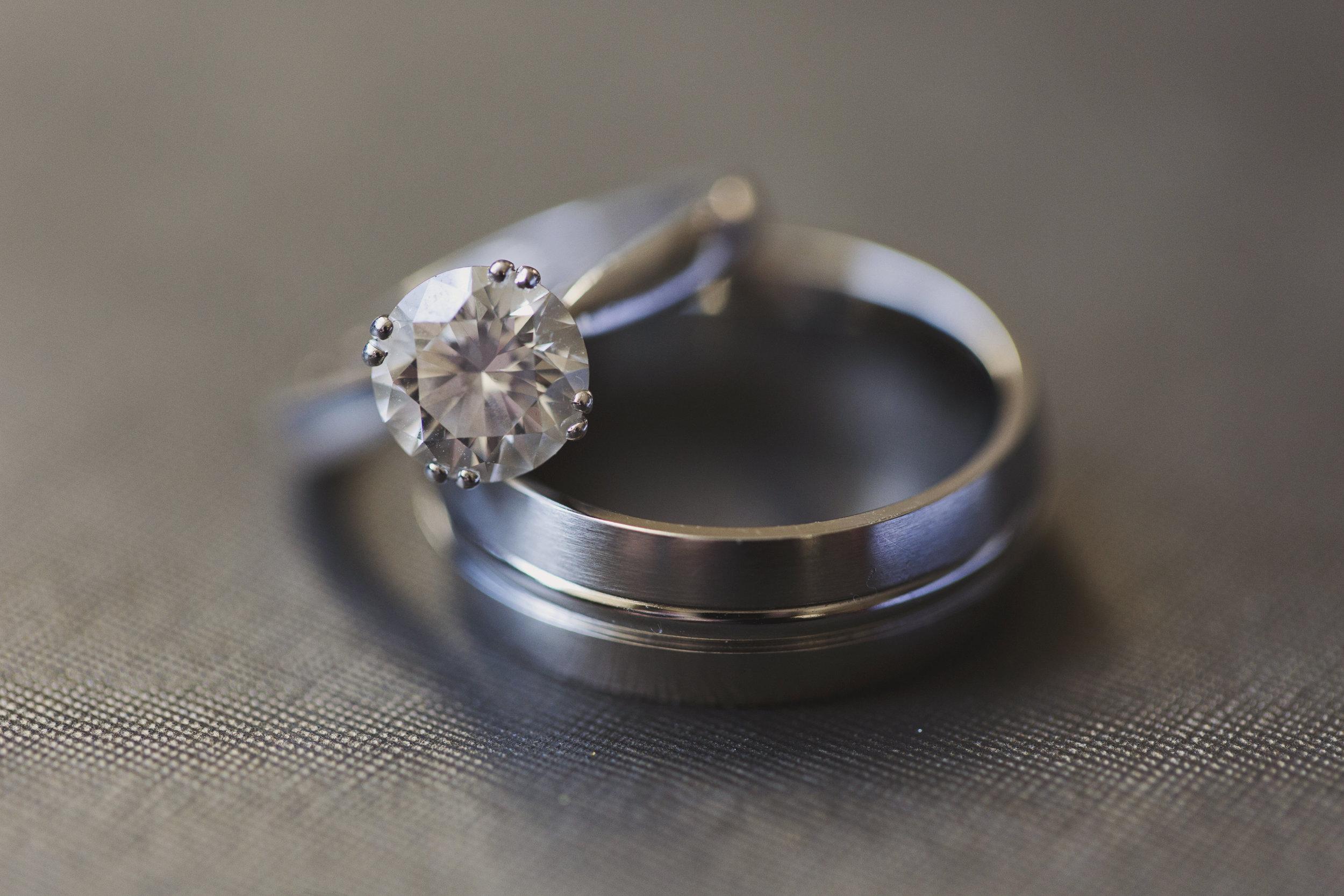 Beautiful Traditional Modern Chinese Wedding stunning diamond ring.jpg