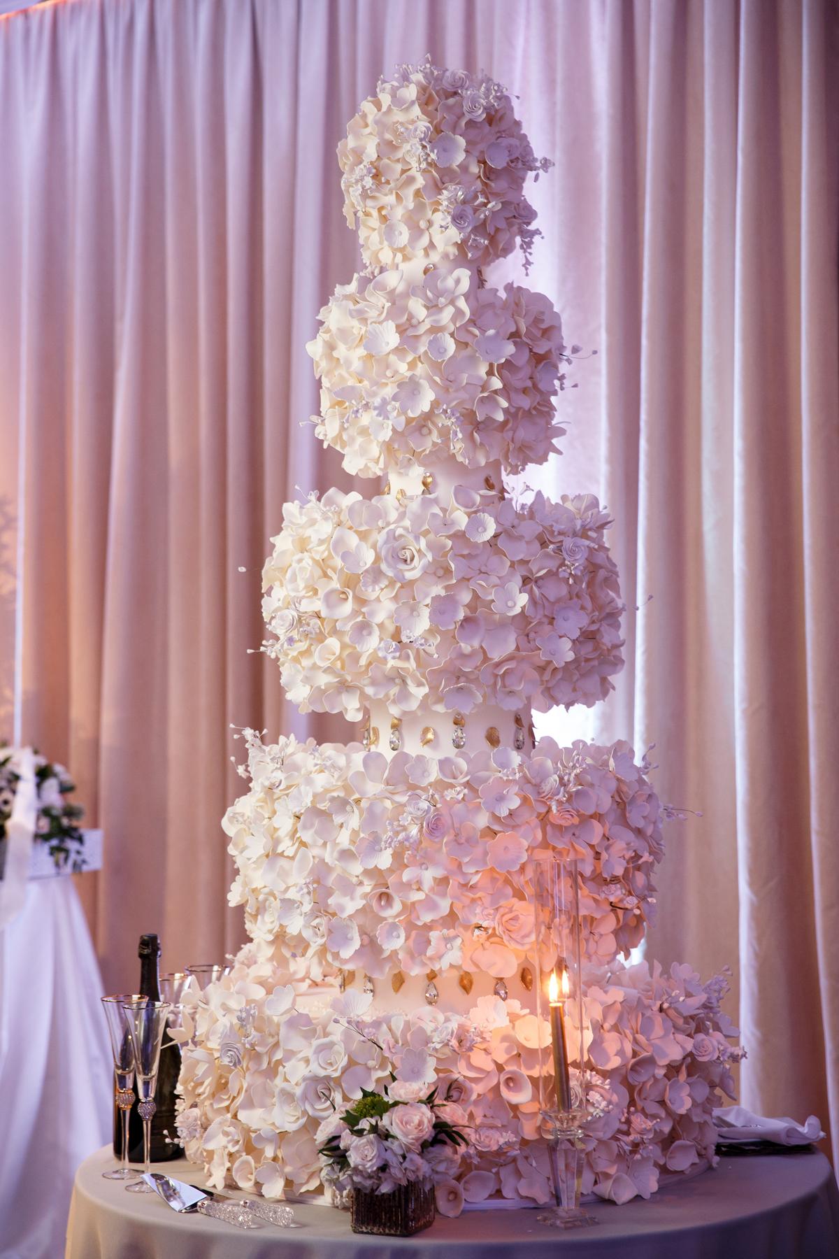 Elegant Pasadena Wedding to Make You Swoon 5 tier cake.jpg