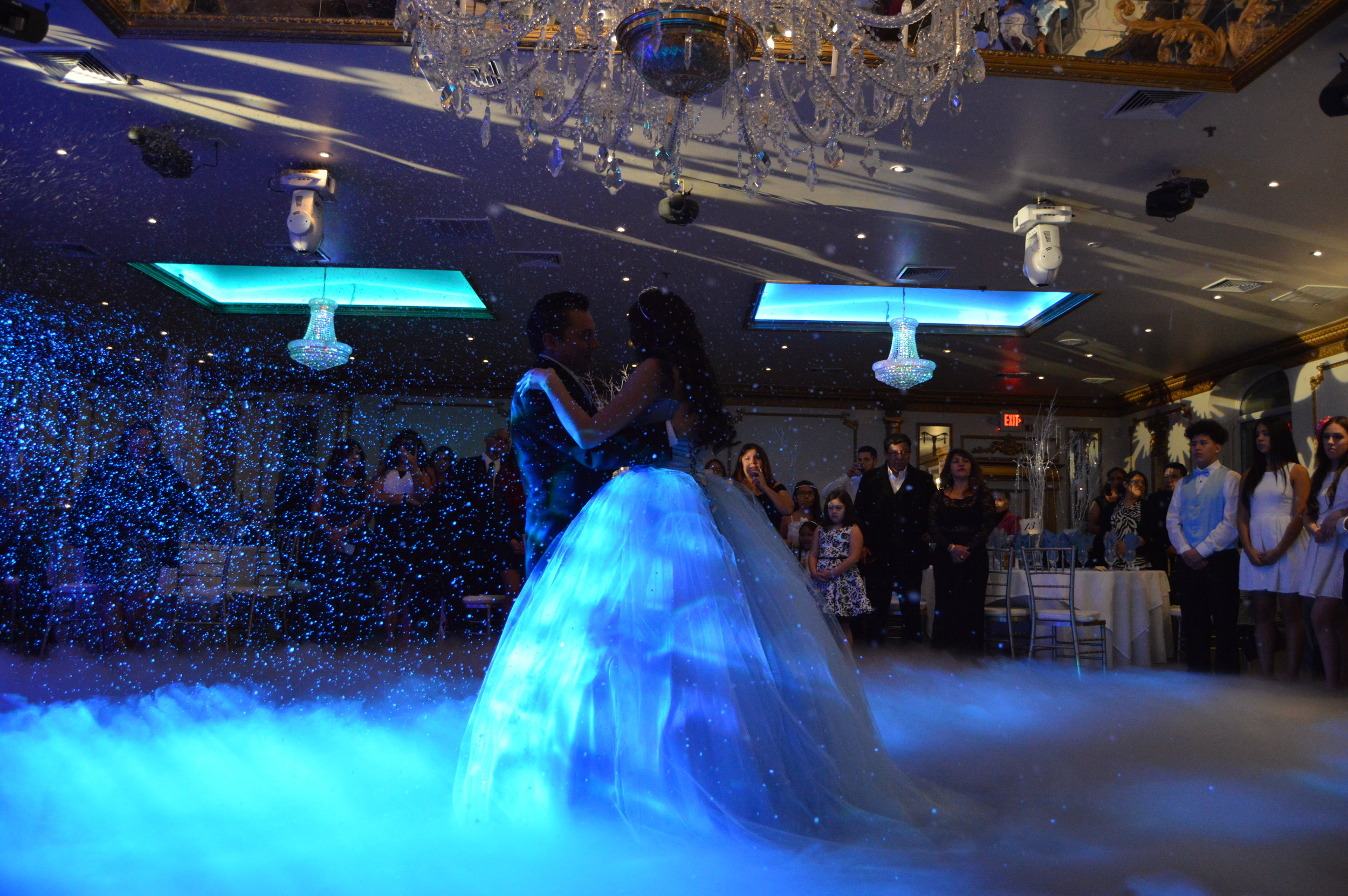 MAKE IT SNOW  This popular effect provides the illusion of snow falling. It is safe, approved at most venues and will transform your dance floor into a magical winter wonderland theme.