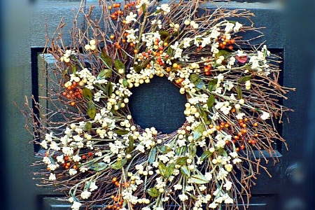 Holiday Decorating - We offer greens-inspired decorating for your holiday, indoors and out. The Gardenalia holiday touch is fresh, natural and elegant.