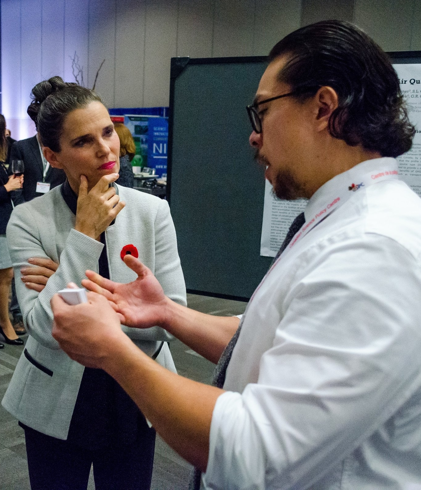 Honourable Kirsty Duncan, Canadian Federal Minister of Science, and eParliament Director, Dr. Gianni M. Castiglione, discussed eParliament at the  9th Canadian Science Policy Conference  in Ottawa, Nov 2 2017. Gianni was an  Honoured Participant  in the 3rd Annual Youth Award of Excellence.