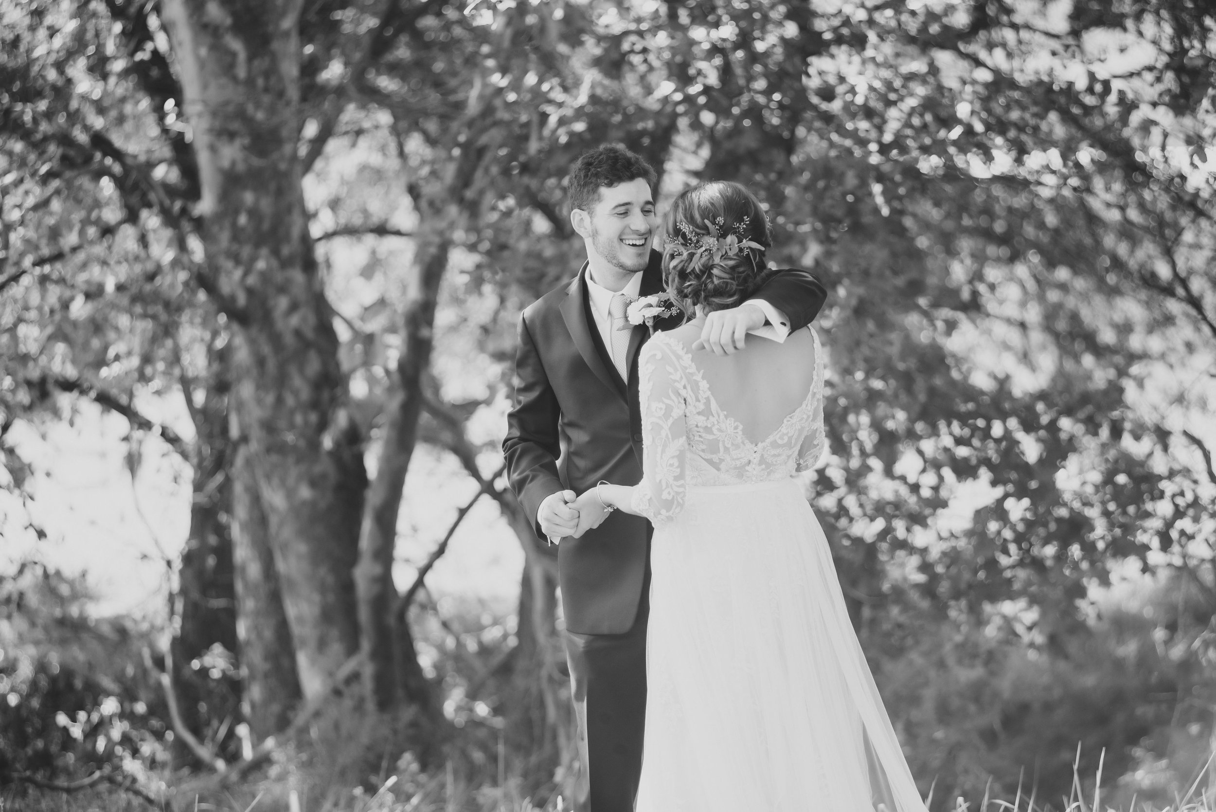 MissouriRusticWedding_StLouisWeddingPhotographer_AliciaDan_CatherineRhodesPhotography-1261-Edit.jpg