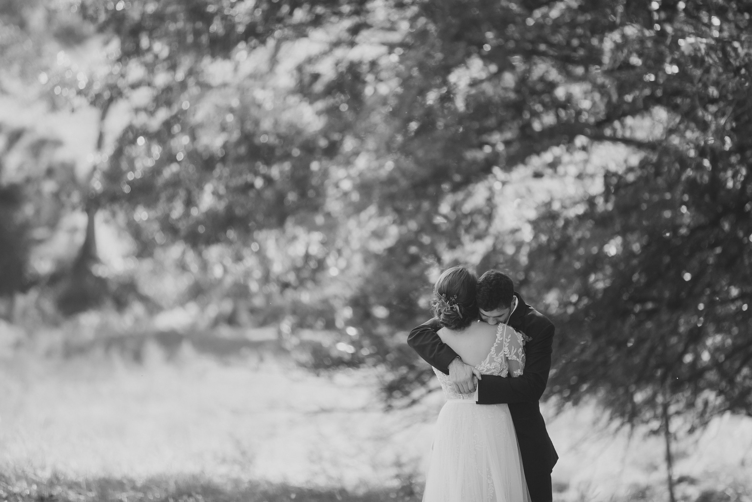 MissouriRusticWedding_StLouisWeddingPhotographer_AliciaDan_CatherineRhodesPhotography-1364-Edit.jpg