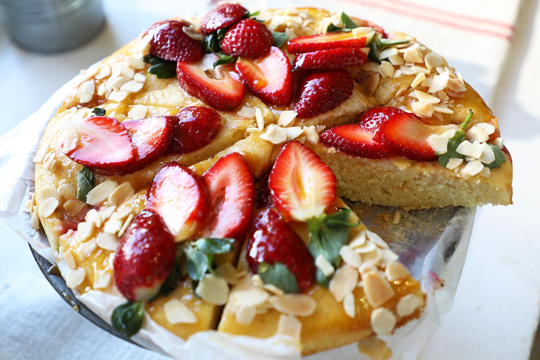 Suki's Delicious Homemade Cake