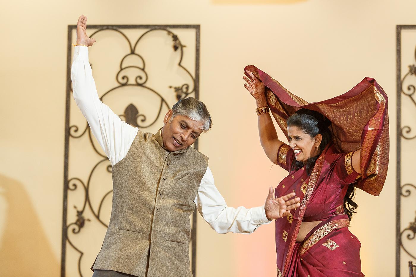 Parents of bride dance