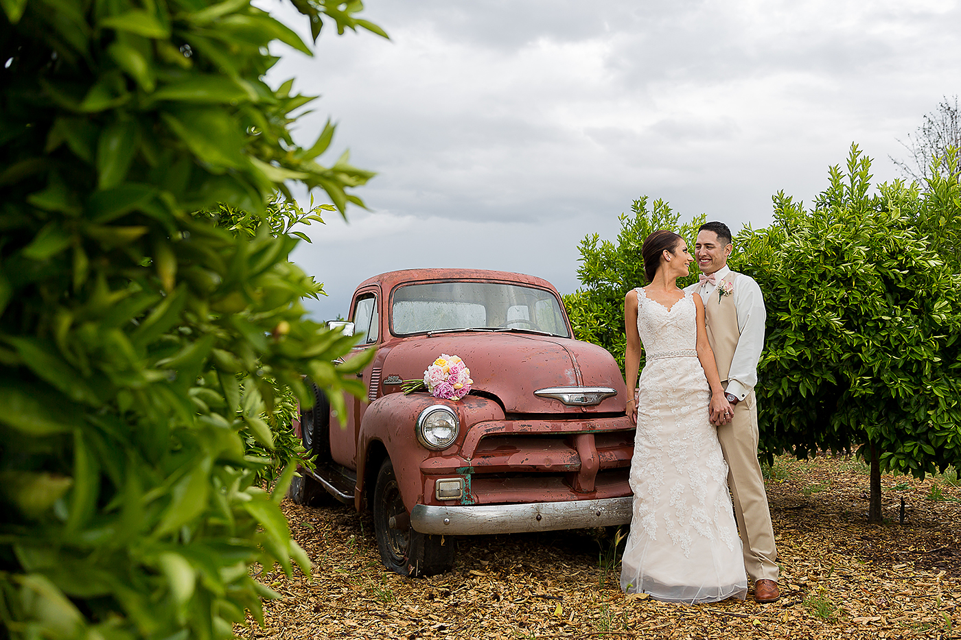 Loomis Flower Farm wedding moment