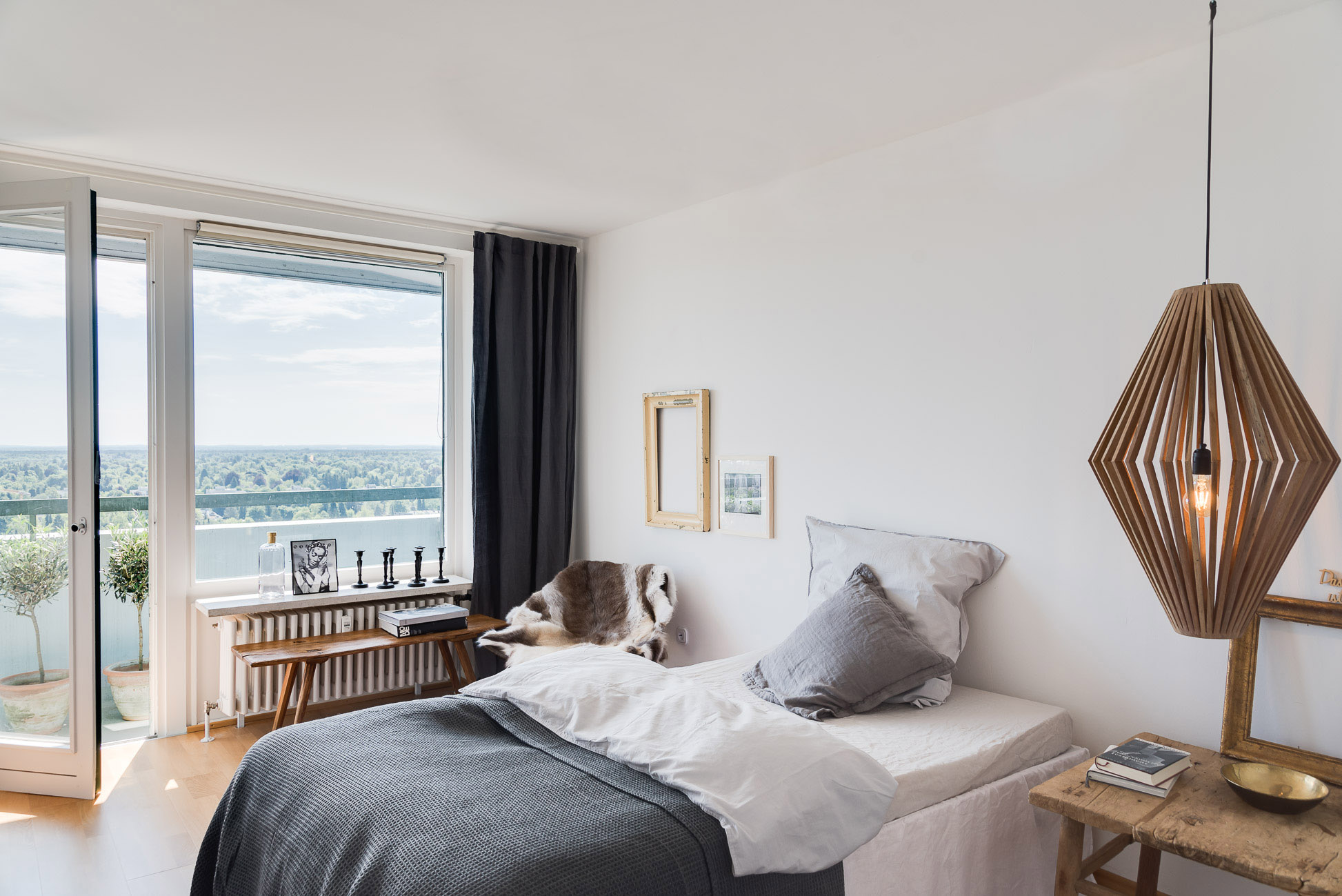 Schlafzimmer(1).jpg