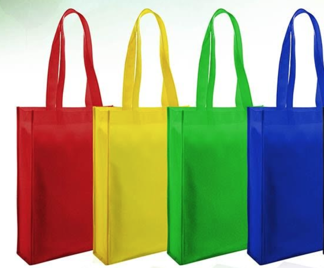 Non-woven bags .png