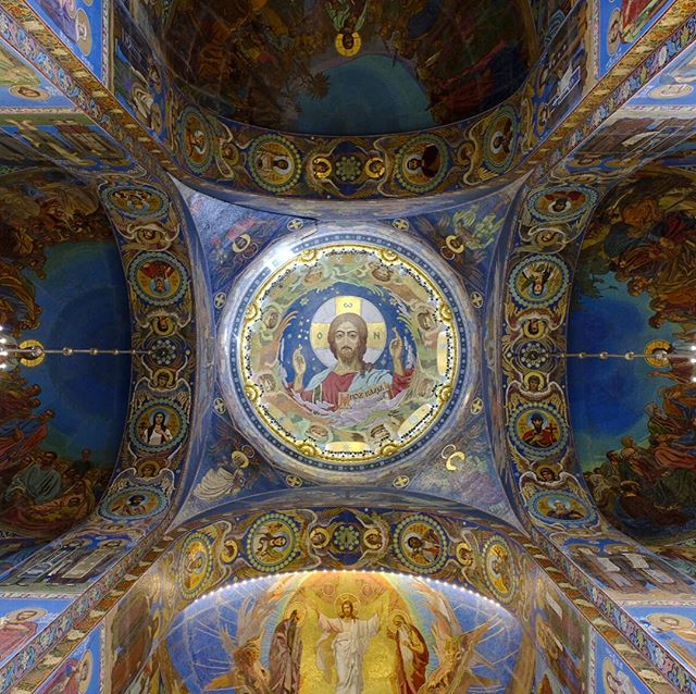 Mosaic Interior of the Church of the Savior on Spilled Blood . Visit the website @ www.palebluedotphoto.ca (link in profile) . #russia #stpetersburg #russia_pics #stpetersburgrussia #россия #nature #walk_on_russia #photorussia #природароссии #природа #rus_places #питер #travel #russia_img #russ_beauty #photo #санктпетербург #photography #футбол #фклокомотив #travelgram #spb #dtsp #architecture #петербург #peterhof #peterhoff #peterhofer #петергоф #hunting